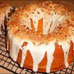 "Raye's Signature 10"" Snickerdoodle Cheese Pecan Bundt Pound Cake w/ Vanilla Bean Snickerdoodle Cream Cheese Glaze & Pecans"